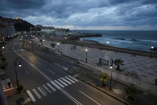 فرض-حظر-التجوال-من-الساعة-7-مساءً-إلى-7-صباحًا-في-الجزائر-العاصمة