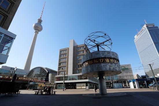 ساحة-ألكسندر-بلاتس-الفارغة-في-برلين