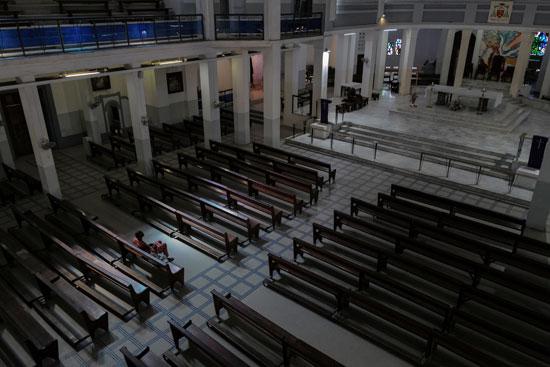 كورونا-ترك-تداعياته-على-الكنائس-حول-العالم