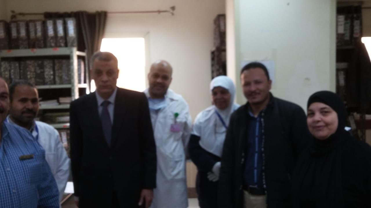 جولة مدير فرع التأمين الصحى فى بنى سويف (6)