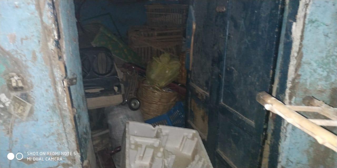 مواطن من الغربية يعيش في منزل آيل للسقوط (3)