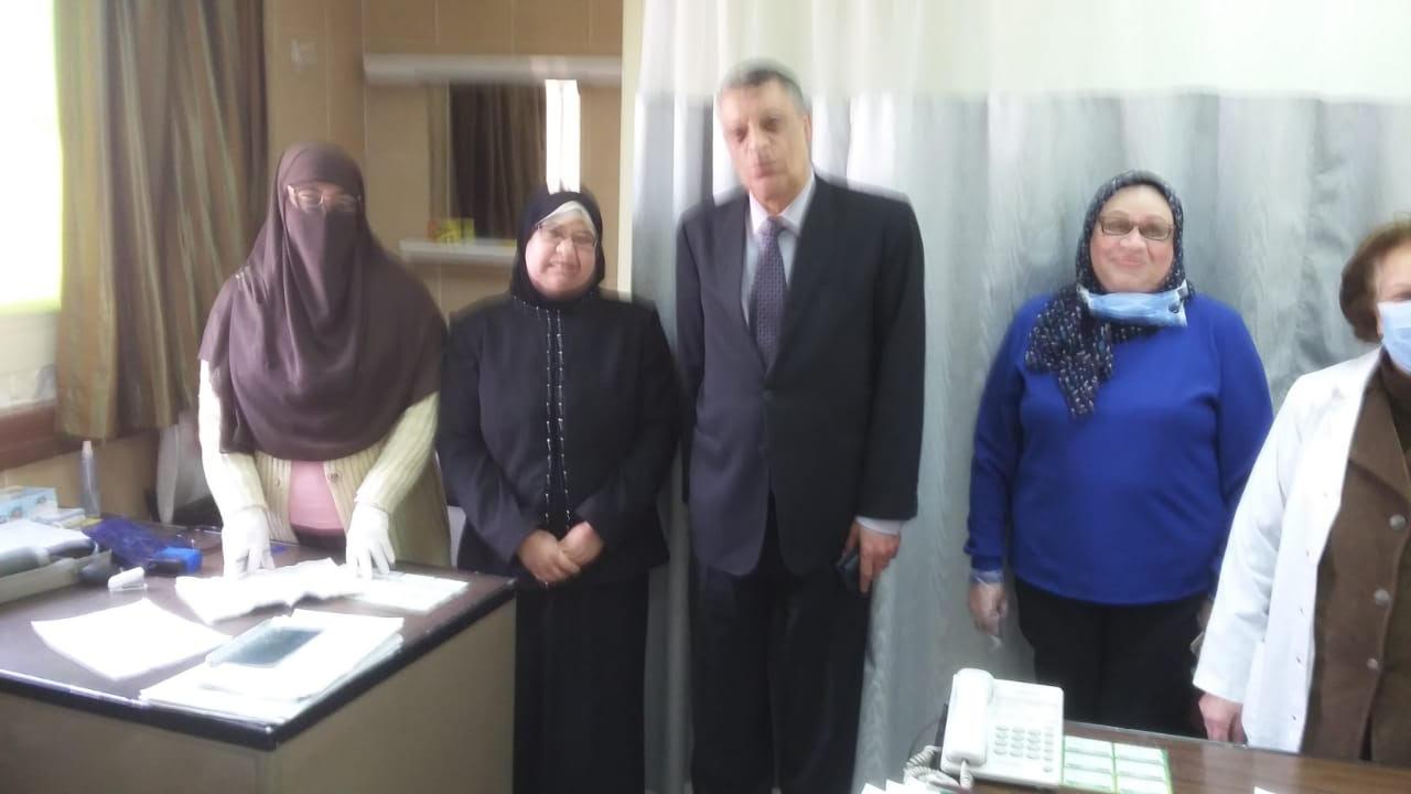 جولة مدير فرع التأمين الصحى فى بنى سويف (3)