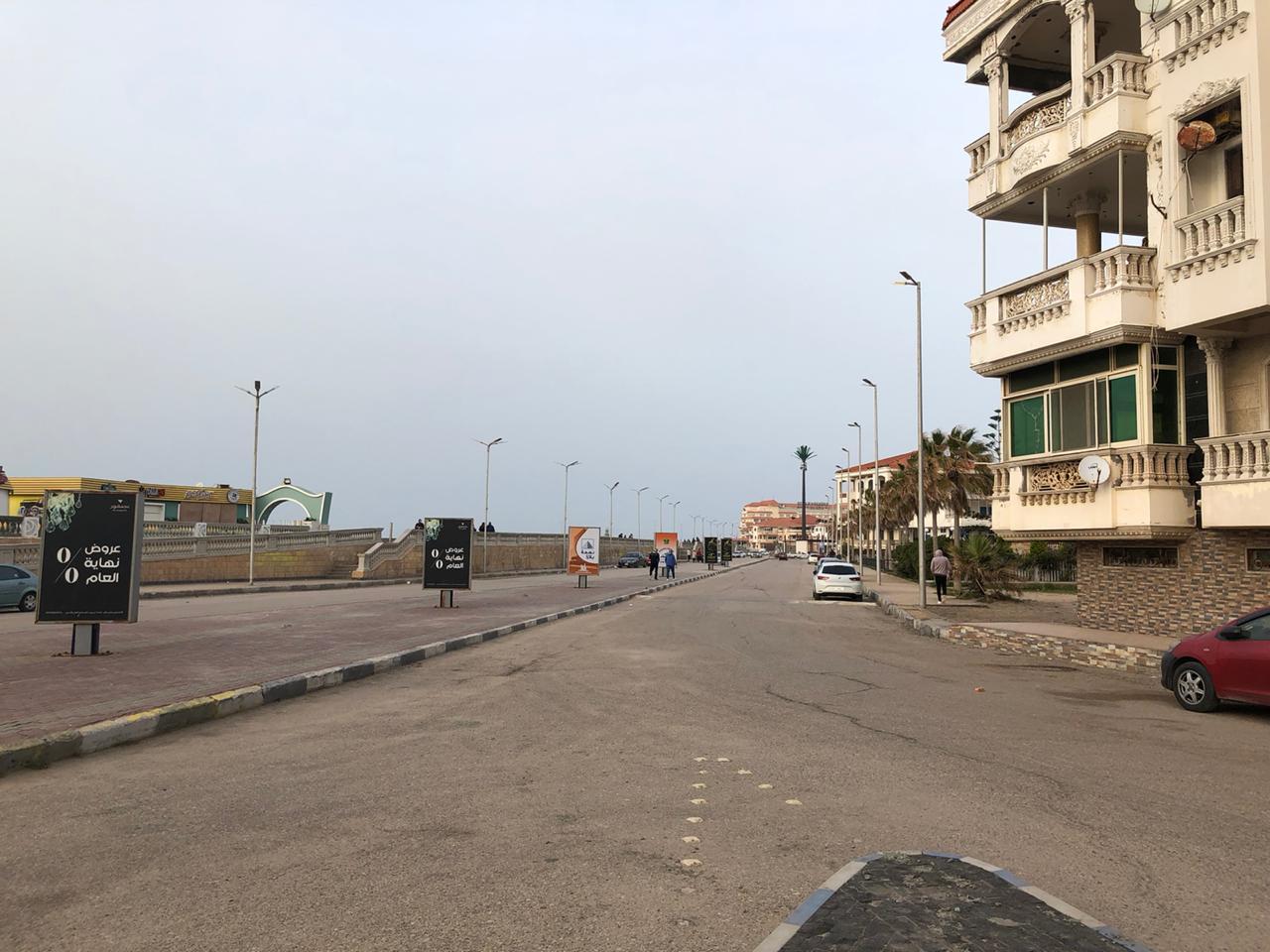 الأمن يفض تجمعات بشرية بمنطقة اللسان فى رأس البر (1)