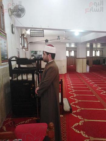 غلق أبواب المساجد  (4)