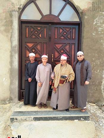 غلق أبواب المساجد  (3)