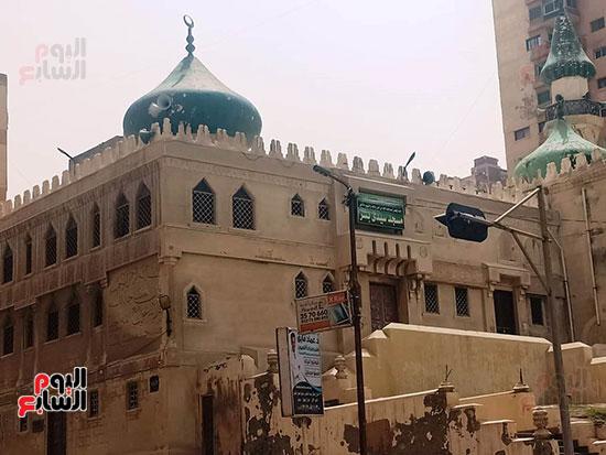 غلق أبواب المساجد  (18)