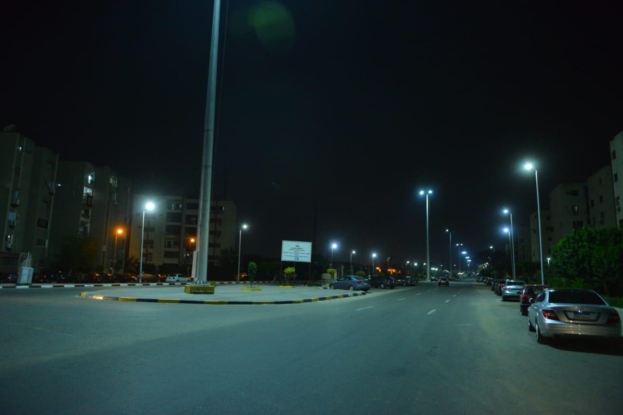 شوارع مصر الجديدة والتجمع بدون مارة (11)