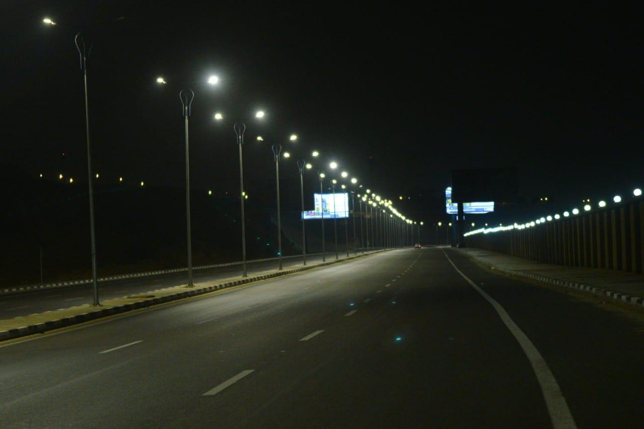 شوارع مصر الجديدة والتجمع خالية (5)
