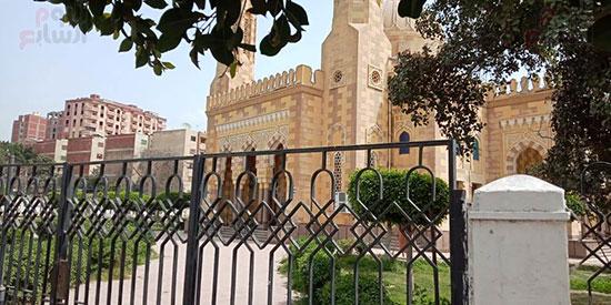 غلق أبواب المساجد  (2)
