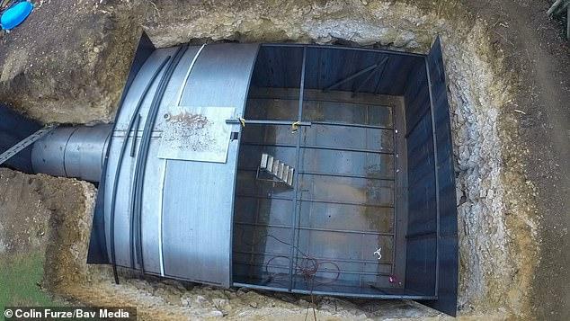 مخترع بريطاني صمم مخبأ تحت الأرض لنهاية العالم منذ 5سنوات (6)