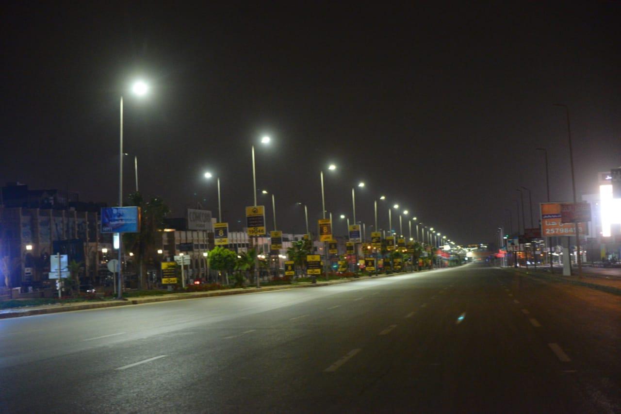 شوارع مصر الجديدة والتجمع بدون مارة (6)