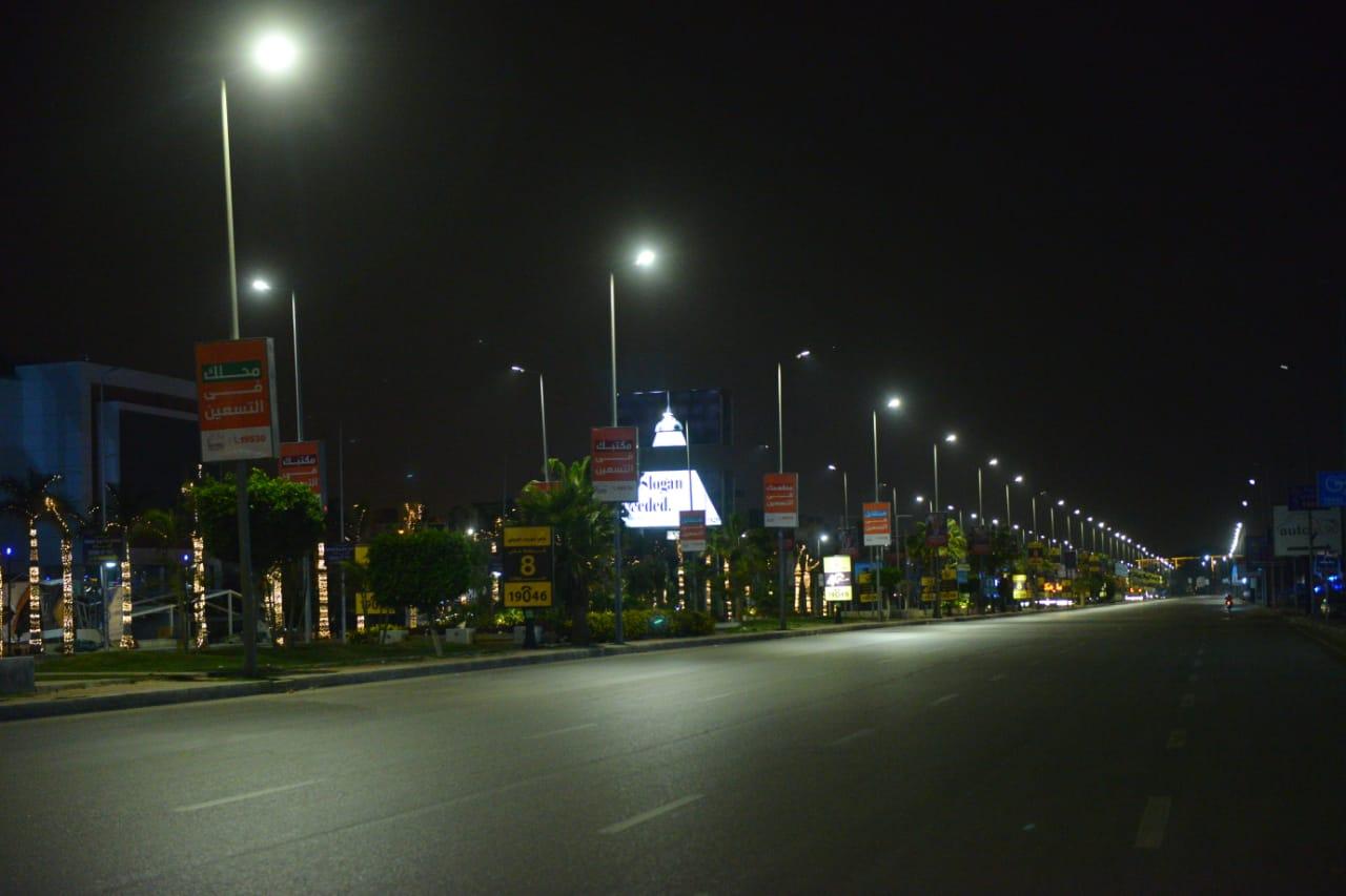 شوارع مصر الجديدة والتجمع بدون مارة (5)