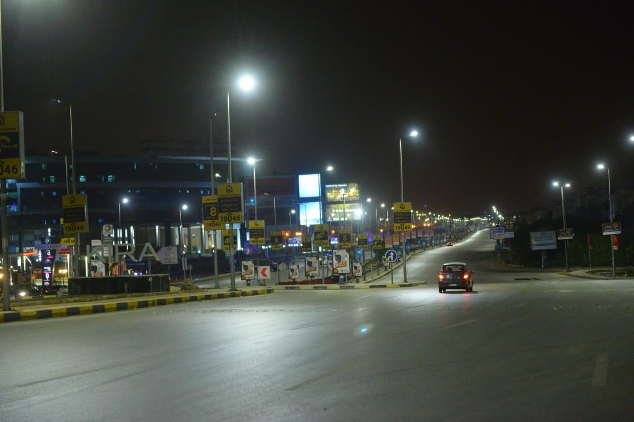 شوارع مصر الجديدة والتجمع بدون مارة (8)