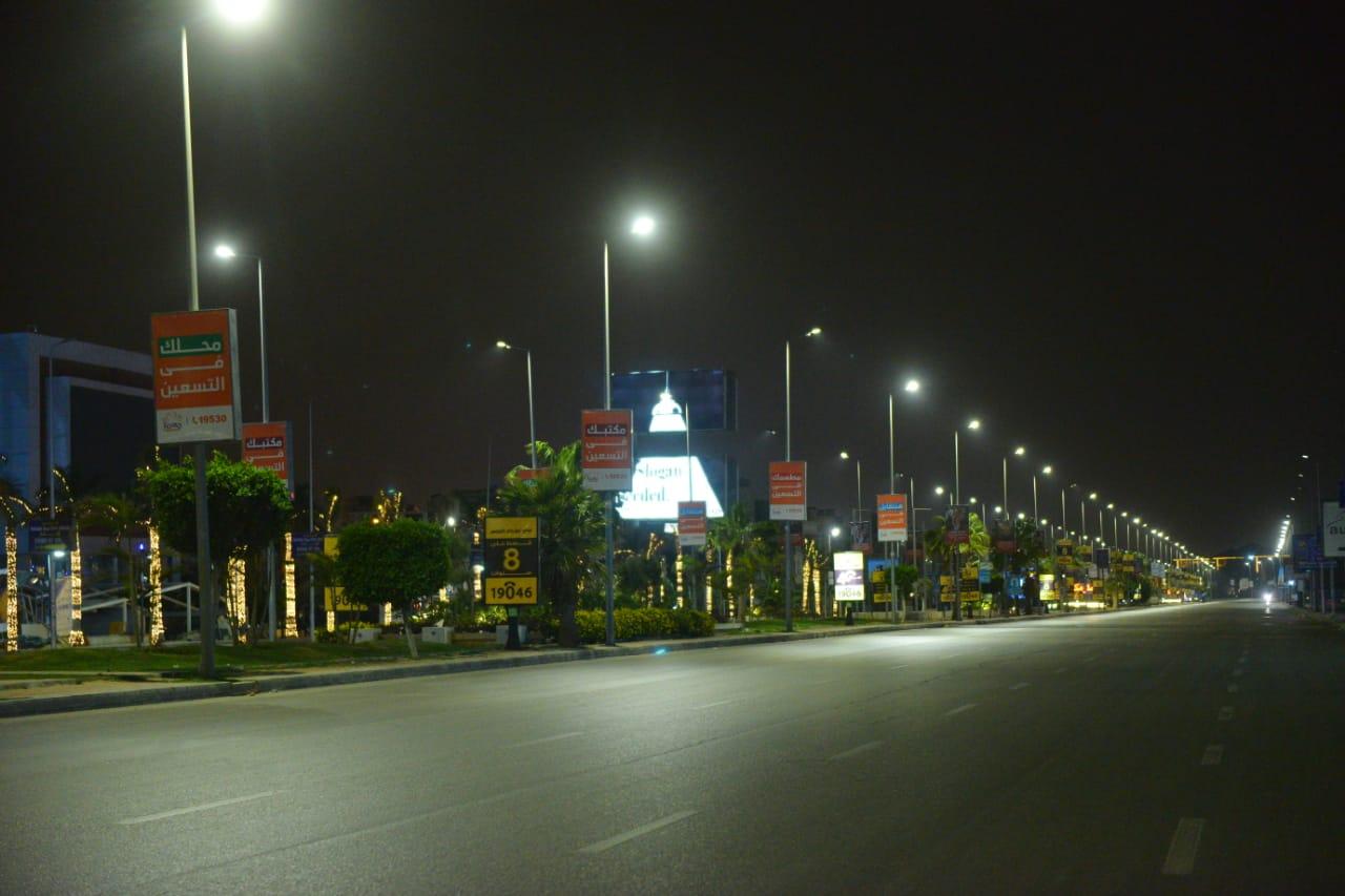 شوارع مصر الجديدة والتجمع بدون مارة (14)