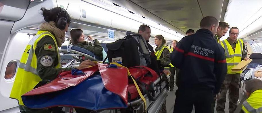 المستشفى الطائرة فى فرنسا