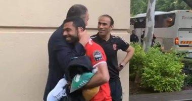 أحمد فتحى مع الخطيب وعبد الحفيظ بعد مباراة صن داونز في جنوب افريقيا