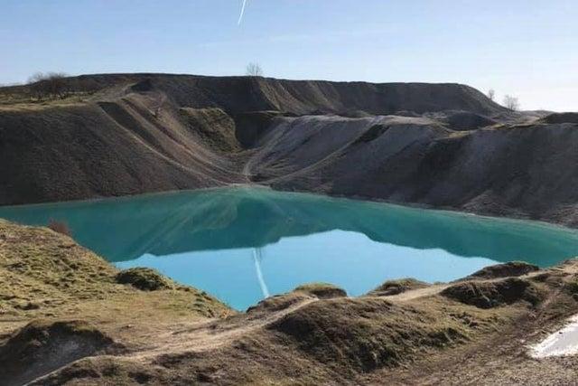 البحيرة بعد الاخلاء