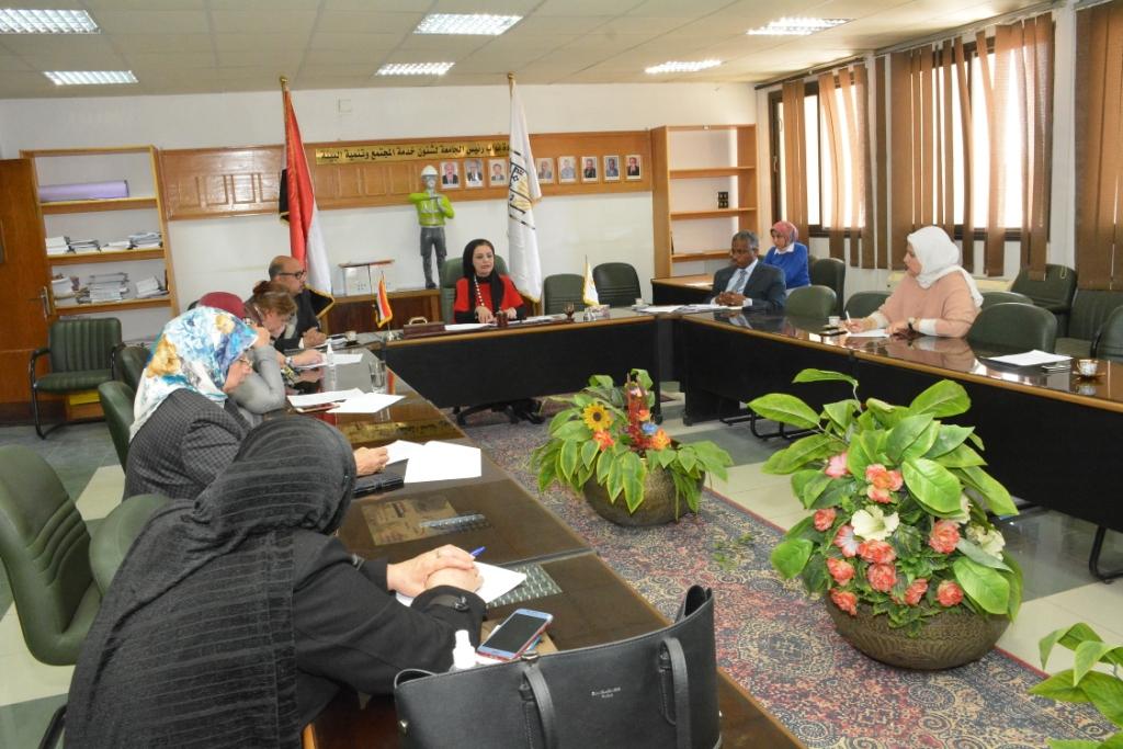 جامعة أسيوط تعلن عن تعاون أطبائها فى الإشراف على مستشفى الصدر (8)