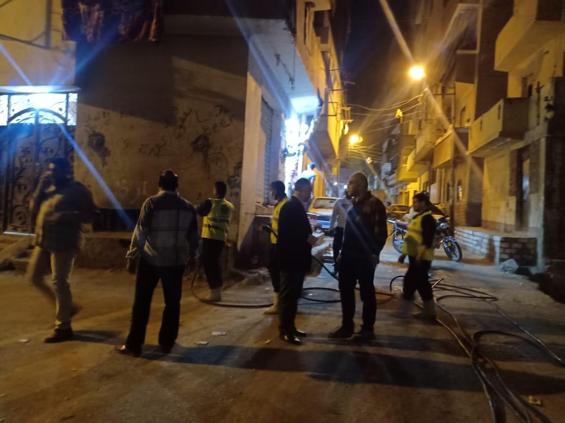 استمرار حملات لتطهير المنشآت بحي غرب أسيوط (11)