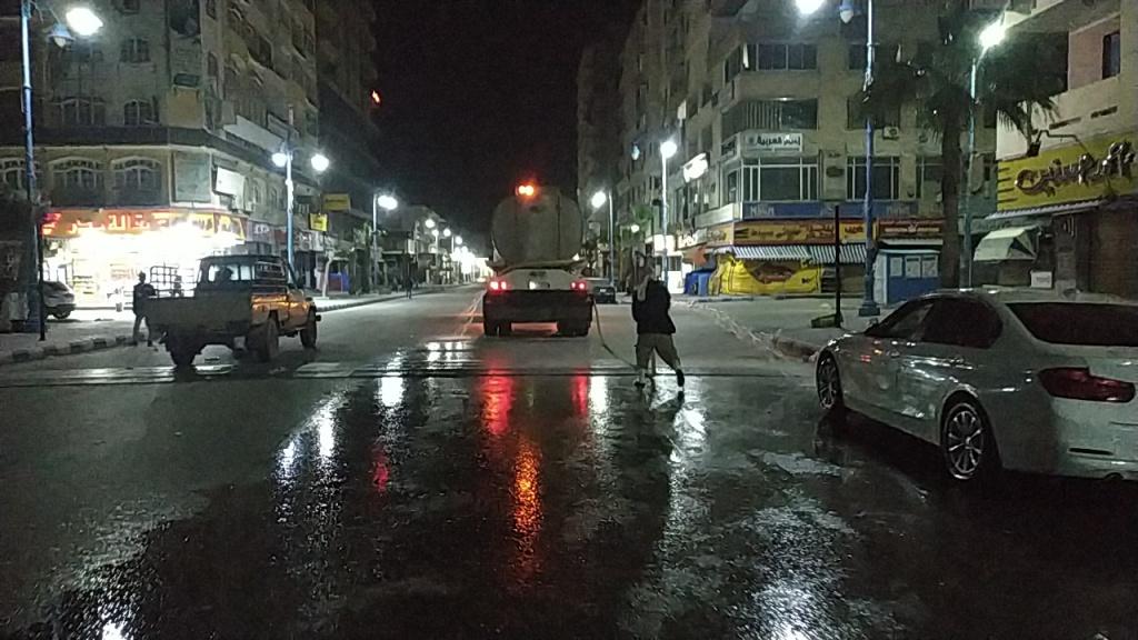 استغلال فترة حظر التجوال في تطهير شوارع مطروح (3)