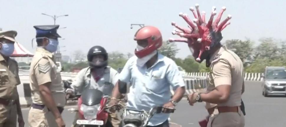 india-coronavirus-helmet-rtv