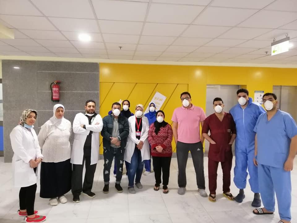 فريق العمل بالمستشفى