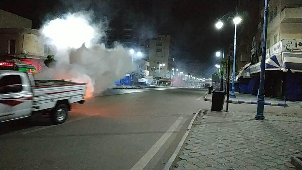 استغلال فترة حظر التجوال في تطهير شوارع مطروح (2)