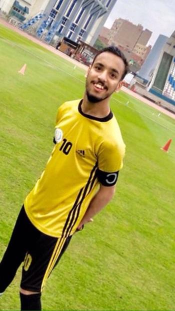 اللاعب والموديل حسن زيزو