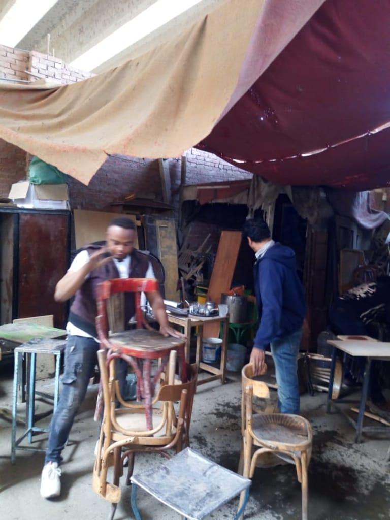 تحويل صالون حلاقة لمقهى بالجيزة (2)