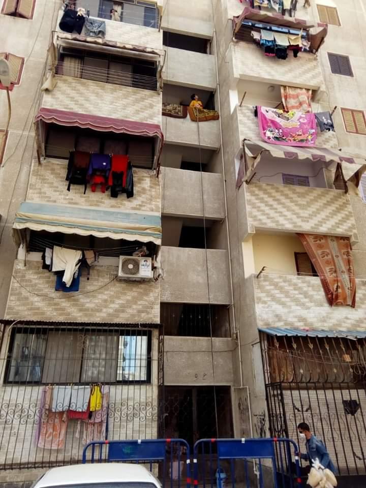 عزل عمارتين بحى الضواحى فى بورسعيد (2)