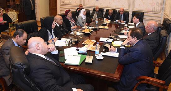 أجتماع لجنة الثقافة والإعلام والآثار  (10)