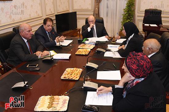 أجتماع لجنة الثقافة والإعلام والآثار  (1)