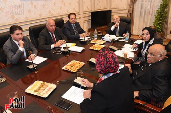 أجتماع لجنة الثقافة والإعلام والآثار  (8)