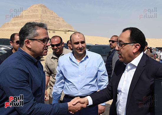 رئيس الوزراء ووزير السياحة والأثار