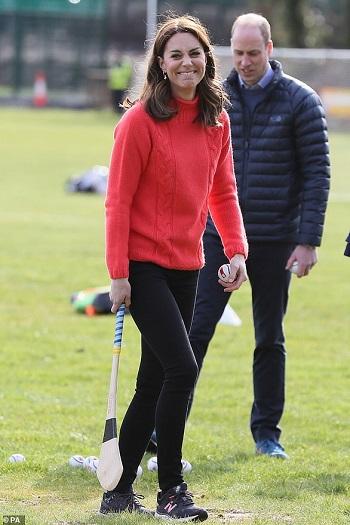 كيت في نادي اتحاد الجاليك الرياضي