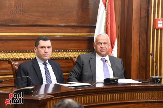 لجنة الصناعة (2)