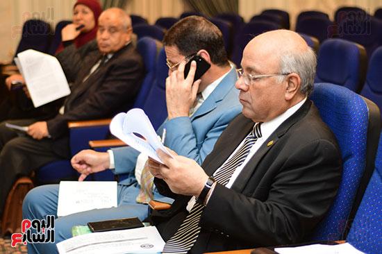 لجنة الخطة والموازنة (1)