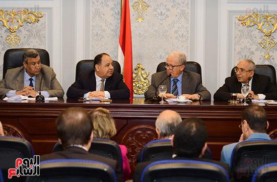 لجنة الخطة والموازنة (6)