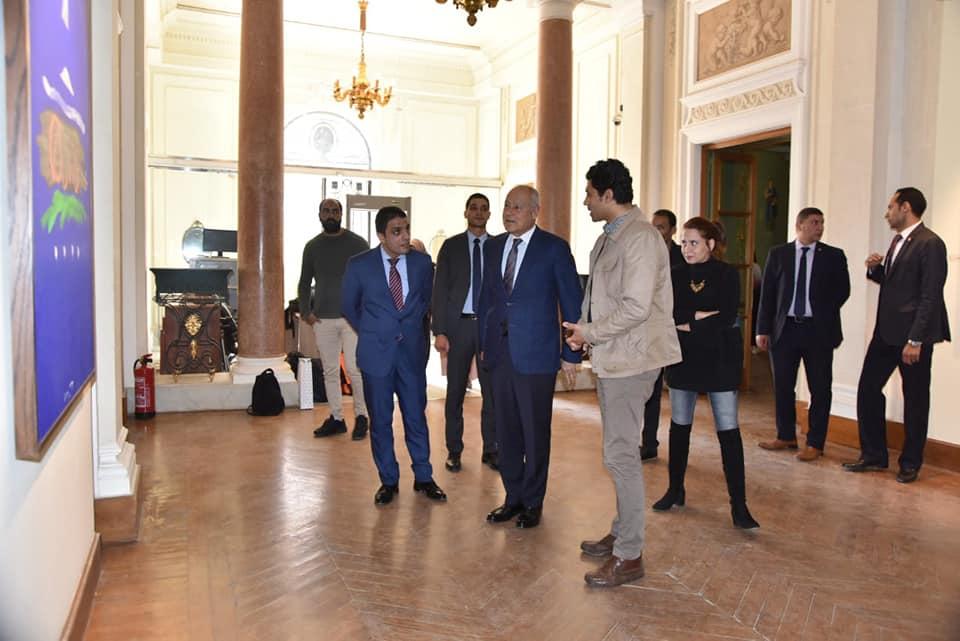 السيد أحمد أبو الغيط يزور معرض فاروق حسنى (2)
