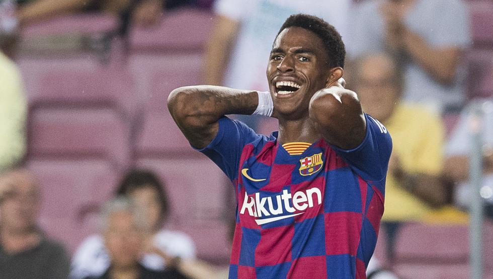 جونيور فيربو مدافع برشلونة