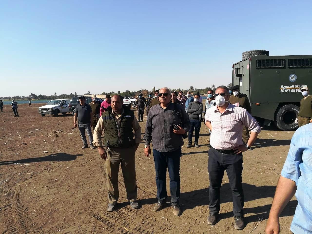 استمرار حملات إزالة مخالفات البناء والتعدي على الارض الزراعية بمراكز المحافظة (12)