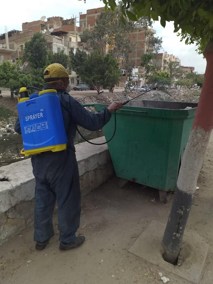 حملة مكبرة لتطهير وتعقيم شوارع مدينة أبو حماد بالشرقية (3)