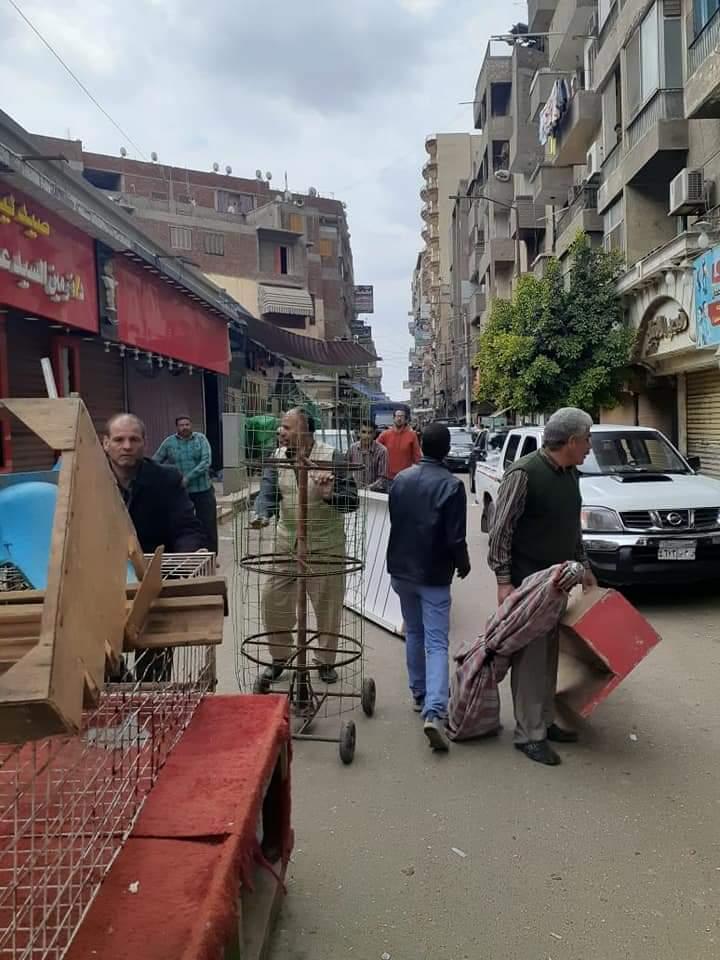 حملة مكبرة لإزالة اشغالات شارع  البوسته  بالزقازيق  (1)