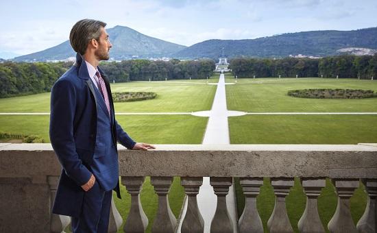 عرض ستيفانو ريتشي في القصر الملكي في كاسيرتا