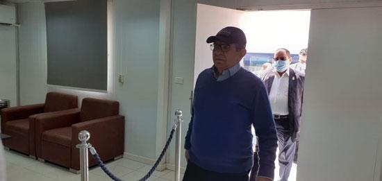 رئيس مدينة العلمين مع لجنة الإسكان بمجلس النواب (2)