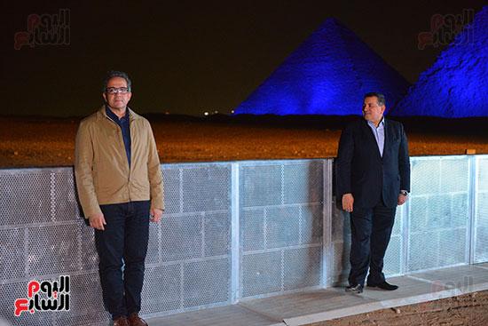 الدكتور خالد العنانى وزير الاثاروأسامة هيكل، وزير الدولة للإعلام.