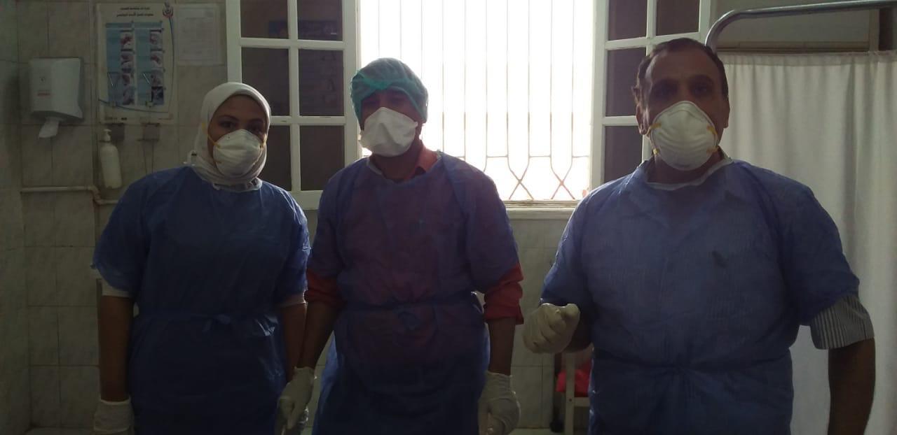 دعم كبير للفريق الطبى بمستشفى الحميات بالأقصر