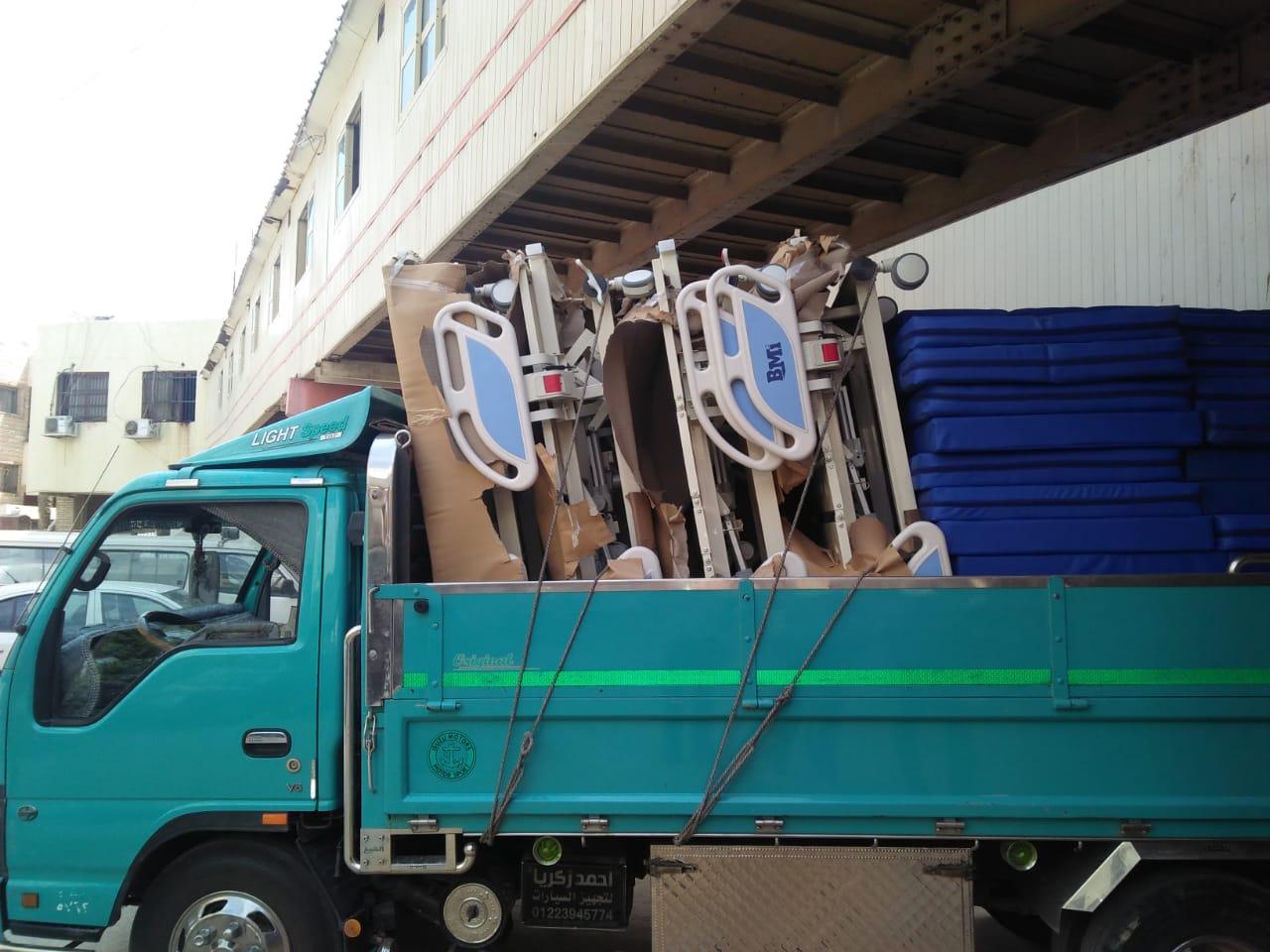 أجهزة عناية مركزة جديدة وإسعاف لمستشفى جامعة المنصورة (5)