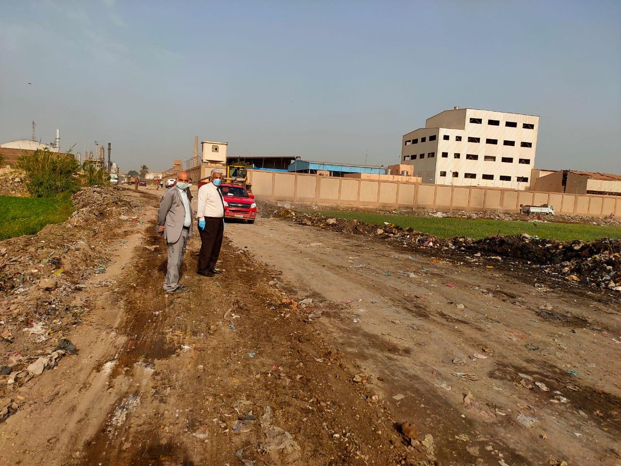 التنمية المحلية تزيل 400 طن قمامة ومخلفات بالخصوص (7)