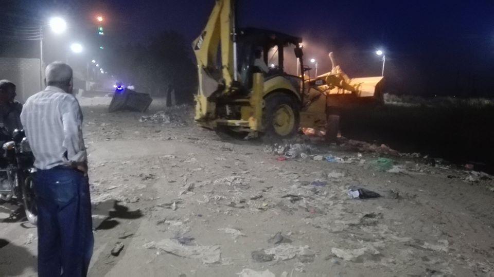 1 رئيس مدينة إسنا يقود حملات نظافة وإشغالات ليلية